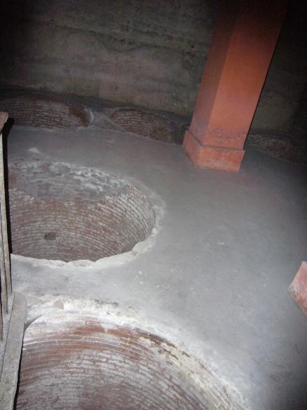 Зернохранилища под базиликой Санта-Чечилия-ин-Трастевере