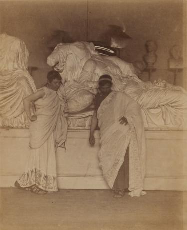 Томас Икинс. Два студента в греческих тогах перед гипсовыми слепками с мраморов Элгина (1882-1883 гг.) (The J. Paul Getty Museum)